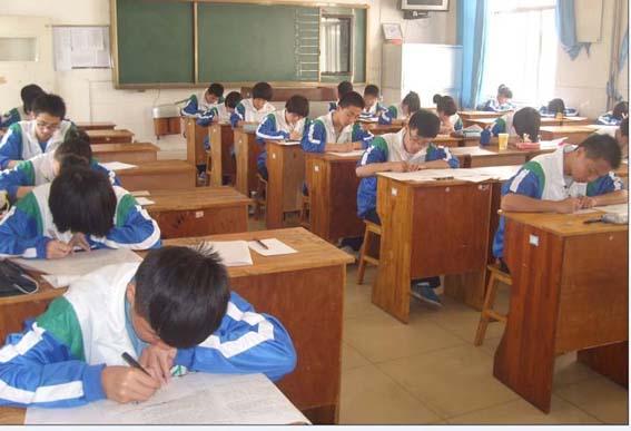 自律传播正能量-济南高新区实验中学